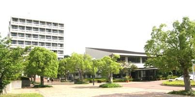公立大学法人 神戸市外国語大学